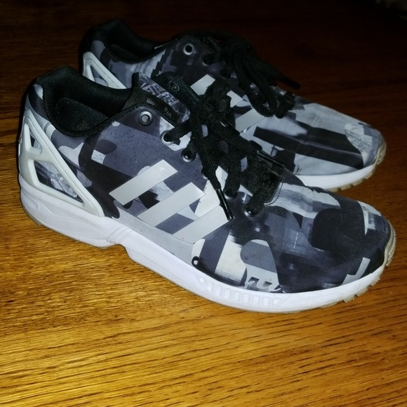 hot sales c9073 bf530 Adidas ZX Flux black granite